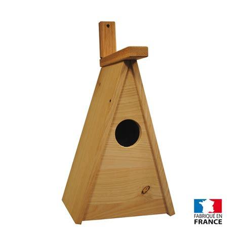fabriquer le en bois nichoir en bois d 233 co installer un nichoir 224 oiseaux