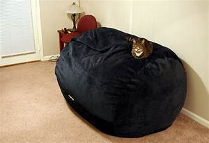 Clash of the sumo titan bean bag chair the tech report for Biggest bean bag chair in the world