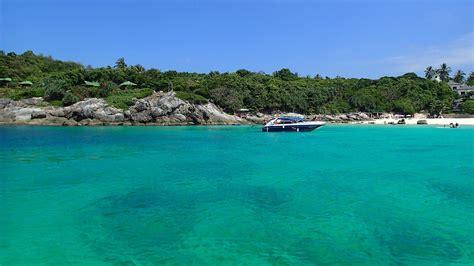 Bungalow Bay · Aussie Divers Phuket