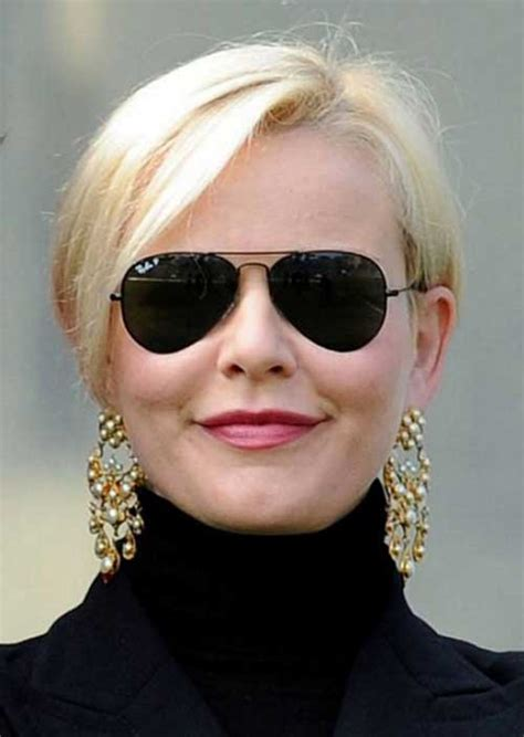 Best Short Haircuts for Women Over 50 Short Hairstyles