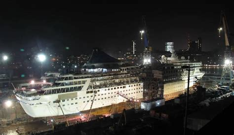 Cruise Ship Extension Timelapse | WordlessTech
