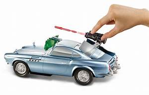 Amazon.com: Cars 2 Secret Spy Attack Finn McMissile: Toys ...