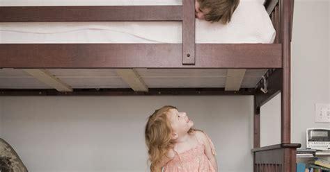 comment amenager une chambre 4 astuces déco pour des enfants qui partagent une chambre