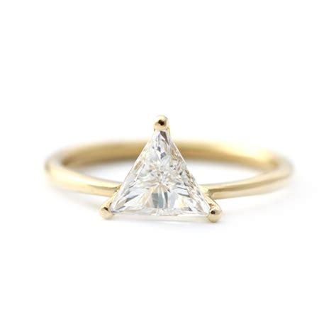 triangle diamond ring  prong setting  carat artemer