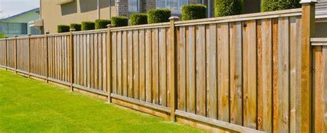 Average Privacy Fence Installation Cost Calculator