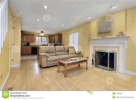wohnzimmer mit kamin stockbild bild
