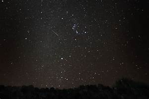 Geminid meteor shower streaks the early morning sky