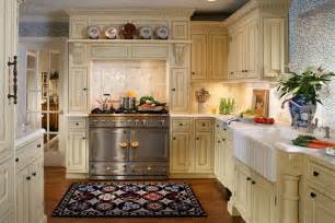 decor ideas for kitchens 25 traditional kitchen designs for a royal look