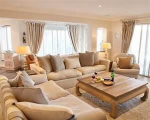 Wohnzimmer Gemütlich Gestalten : gem tliches wohnzimmer gestalten 30 coole ideen ~ Lizthompson.info Haus und Dekorationen