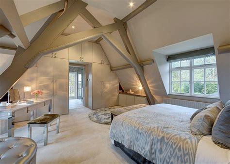 decoration chambre comble avec mur incliné chambre sous comble une histoire d 39 amour en plusieurs