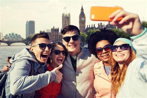 si鑒e social traduction anglais traduction tourisme et loisirs stiil traduction lyon
