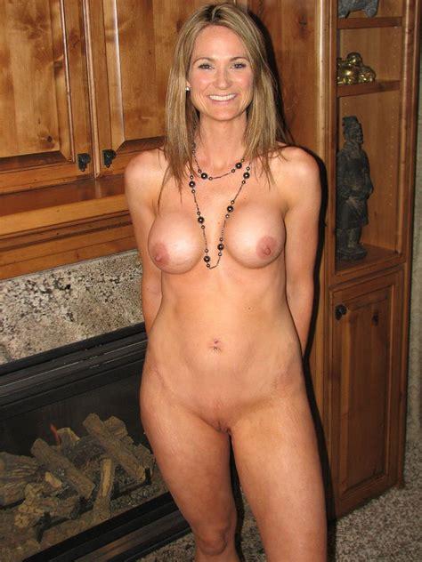 Hot Naked Milf Sex Image 25404