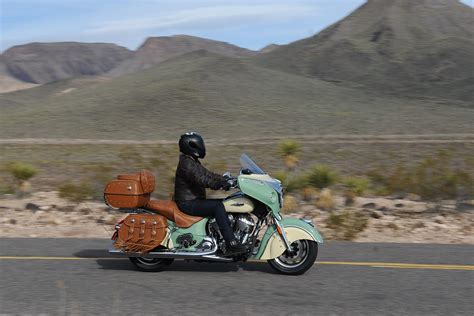 2017 Indian Roadmaster Classic First Ride Test