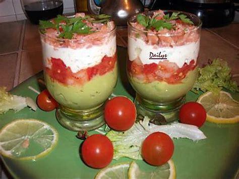 comment cuisiner des crevettes roses recette de verrines saumon crevette tomate avocat