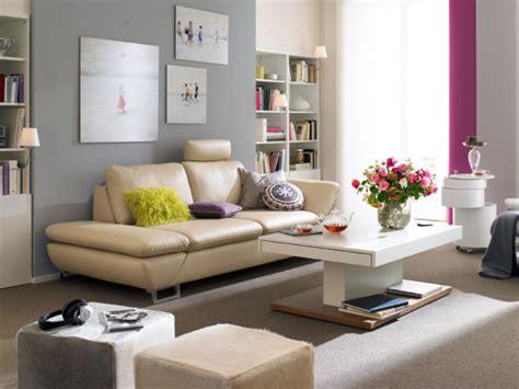 Komfort im Wohnzimmer Zuhausewohnen
