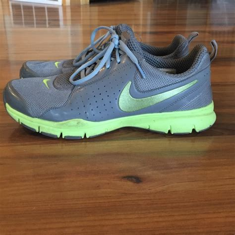 comfortable nike shoes 48 nike shoes nike comfort running shoes from emily