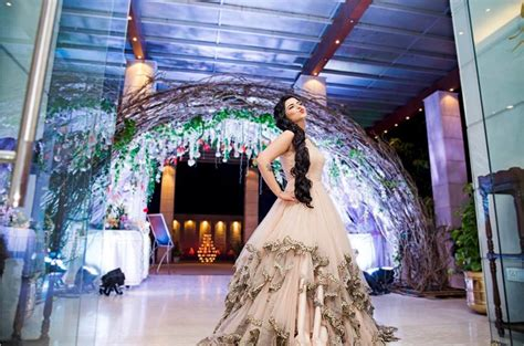 gorgeous  indian reception gown styles  indian brides