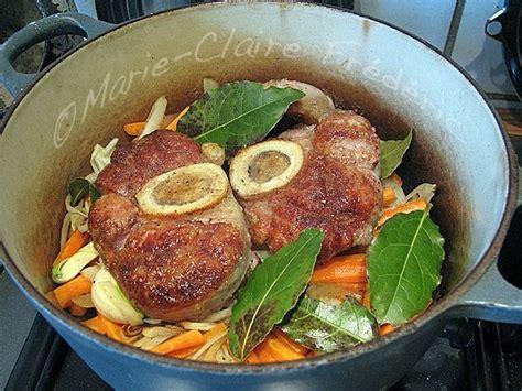 cuisiner un jarret de veau jarret de veau à la jules césar un bon plat mijoté aux