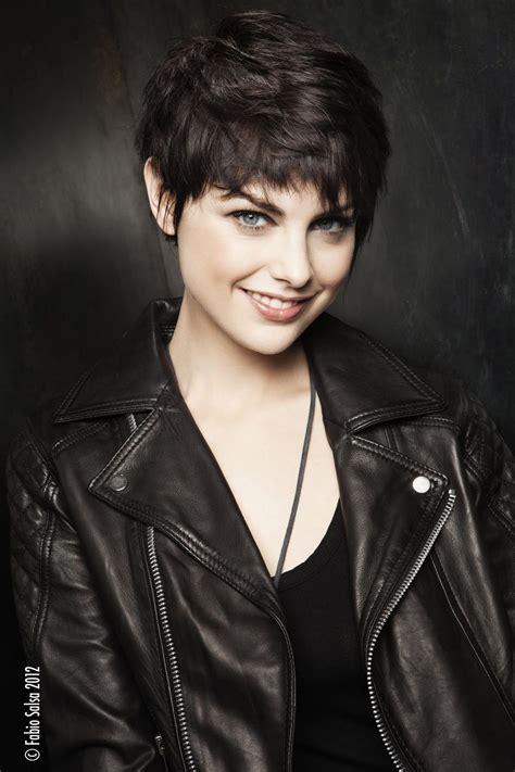 coupe courte effilée femme les coupes de cheveux courtes pour femmes coiffure pixie haircut for thick hair haircut for