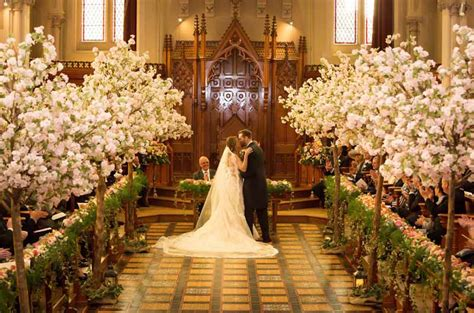 stanbrook abbey wedding florist passion  flowers