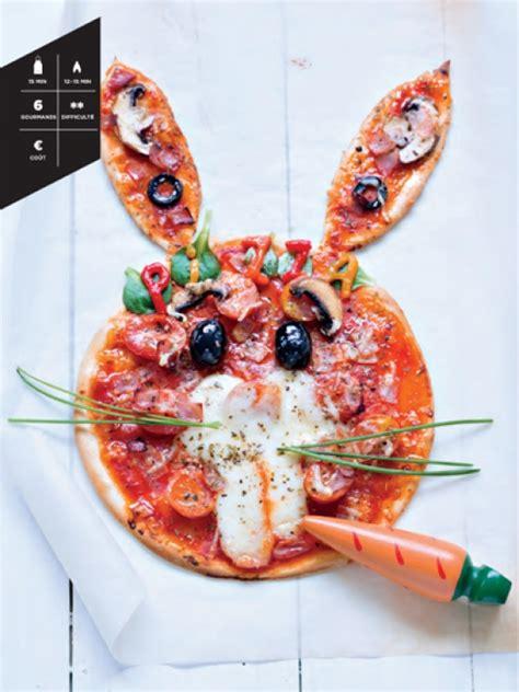 cuisiner avec les enfants la pizza lapin hachette pratique