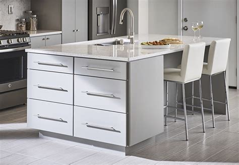 kitchen island trends kitchen island trends 28 images lighting kitchen island trends and pendants for put the in