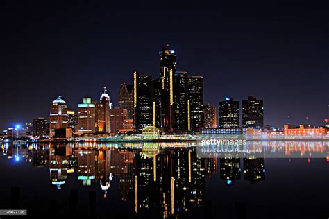 detroit skyline stock photo getty images