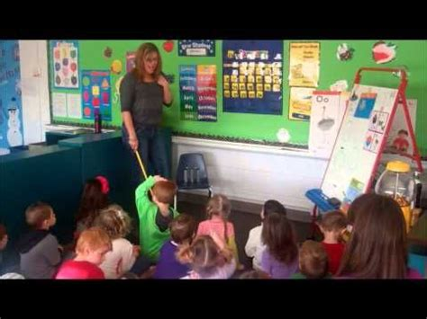 morning meeting ideas for preschool preschool circle time a really morning 418