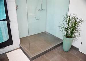 Große Fliesen In Kleinem Bad : glasduschwand f r eine fugenarme pflegeleichte dusche ~ Bigdaddyawards.com Haus und Dekorationen