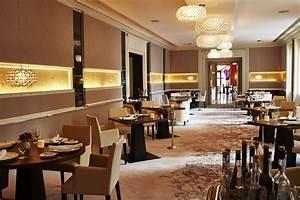 Restaurant Alex München : schwarzreiter tagesbar und restaurant in m nchen ~ Markanthonyermac.com Haus und Dekorationen