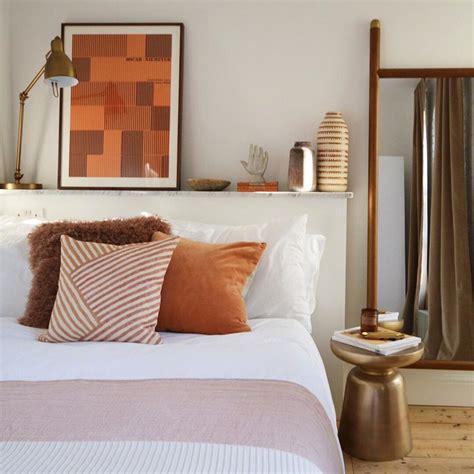 comodini a mensola letto e comodini ispirazioni per abbinarli