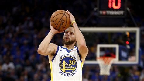 Stephen Curry cleared to return to action against Hawks ...