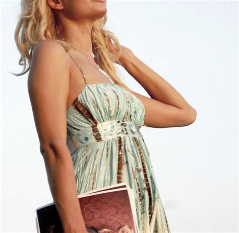 Profile: Paris Hilton - The life of the sexy heiress - WELT