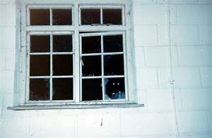 The gallery for --> Creepypasta The Thing In The Window