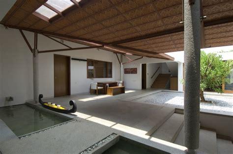 courtyard water feature interior design ideas