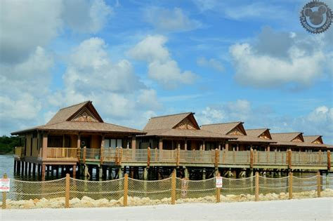 renting points   dvc resort hotel  save  money