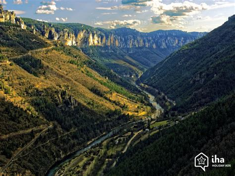 chambre a louer location aveyron à la montagne pour vos vacances avec iha