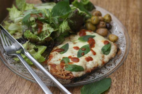 tartine chaude 224 la tomate pesto thon et mozarrella chez requia cuisine et confidences
