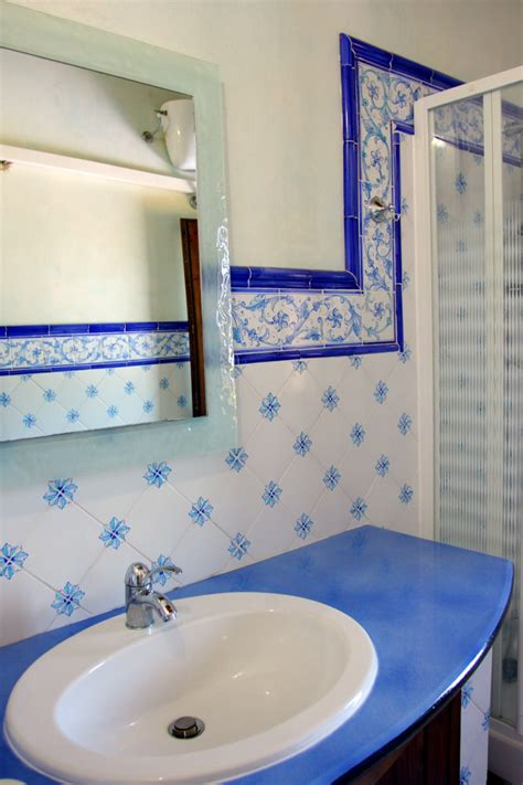 piastrelle 10x10 bagno ceramiche torcivia srl esempi di installazione ed