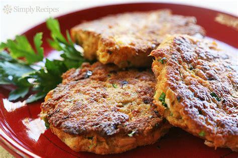 salmon patties salmon patties recipe simplyrecipes com