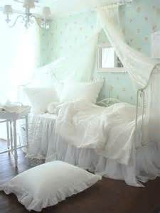 shabby chic bedroom decorating ideas shabby chic vintage bedrooms i shabby chic