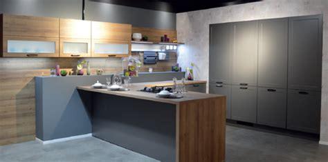 cuisine aviva forum le réseau cuisines aviva s 39 installe en franchise à chartres