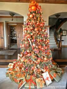 best 25 orange christmas tree ideas on pinterest orange ornaments fall christmas tree and