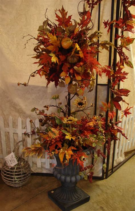 Best 25+ Fall Topiaries Ideas On Pinterest  Fall Front