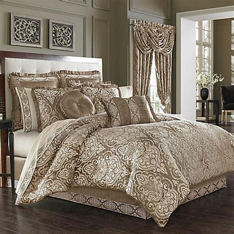 J Queen New York™ Stafford Comforter Set In Mocha Www