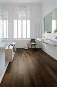 holzboden badezimmer badezimmer holzboden ideen design ideen