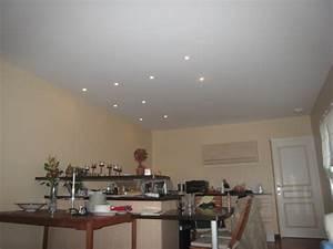 Spot Plafond Cuisine : photos de spots basse conso dans la cuisine faux plafonds 8 messages ~ Melissatoandfro.com Idées de Décoration