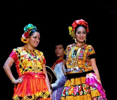 espectaculo guelaguetza festival adventures
