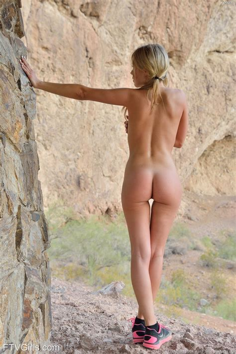 FTV Girl Kendall In Her Naked Hike Erotic Beauties