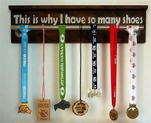 Iga Lauf 2017 : wohin mit den medaillen earn your bacon ~ Whattoseeinmadrid.com Haus und Dekorationen